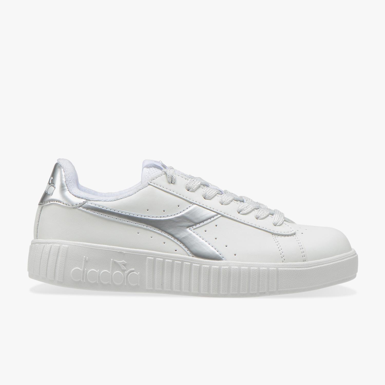 Diadora Scarpe Primi Passi Sneakers Bambino in Pelle Bianca 101-176276-01-C0823